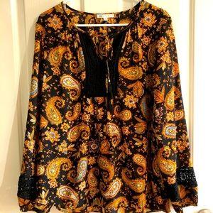 Women's blouse size XL DR 2 hi to low Paisley tie